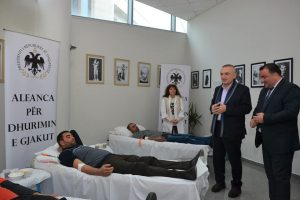 President Meta in Kavaja for the first annual blood donation session
