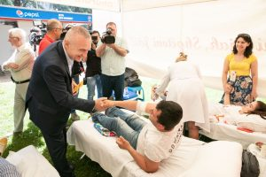 President Meta on World Volunteer Blood Donors Day: Let's all be more active in the blood donation process, especially in the hot summer season!